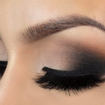 Affordable-Neutral-black-smokey-eye-makeup-tutorial_cils